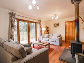 Fersit Log Cottage - Scottish Highlands - 1061326 - thumbnail photo 8