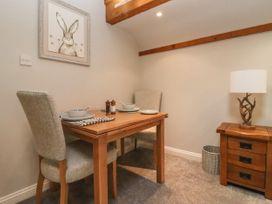 The Coach House Apartment - Cotswolds - 1061403 - thumbnail photo 4