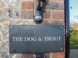 The Dog and Trout - Kent & Sussex - 1061508 - thumbnail photo 3