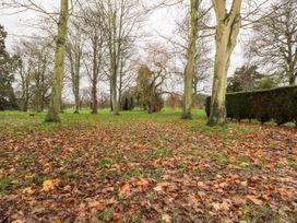 Fir - Kent & Sussex - 1062085 - thumbnail photo 15