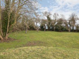 Bramley Orchard Glamping - Lincolnshire - 1062708 - thumbnail photo 18
