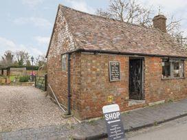Crompton Cottage - Cotswolds - 1064204 - thumbnail photo 30