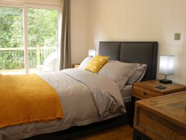 Cedar Lodge - Shropshire - 1064593 - thumbnail photo 18