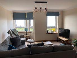 Seashore Apartment - Scottish Lowlands - 1064830 - thumbnail photo 4