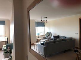 Seashore Apartment - Scottish Lowlands - 1064830 - thumbnail photo 6