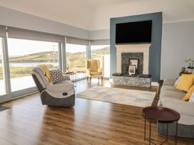 Abbey Bay Cottage - County Donegal - 1065380 - thumbnail photo 6