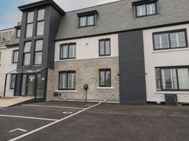 Beachview Apartment 8 - Cornwall - 1066475 - thumbnail photo 17
