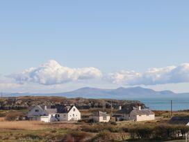 Glan Towyn - Anglesey - 1066882 - thumbnail photo 55