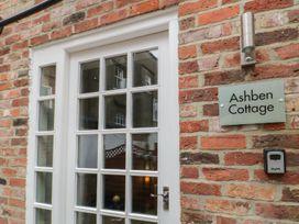 Ashben Cottage - Whitby & North Yorkshire - 1066902 - thumbnail photo 2