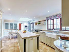 Tuffon Hall Farmhouse - Suffolk & Essex - 1067084 - thumbnail photo 9