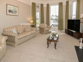 1 Tyn Y Caeau Apartment - North Wales - 1067311 - thumbnail photo 4