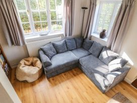 Paddock View Cottage - Lincolnshire - 1067736 - thumbnail photo 4