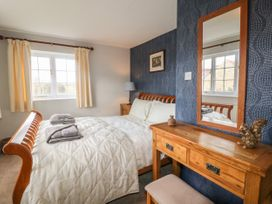 Paddock View Cottage - Lincolnshire - 1067736 - thumbnail photo 8