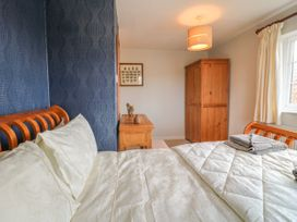 Paddock View Cottage - Lincolnshire - 1067736 - thumbnail photo 9