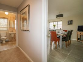 Paddock View Cottage - Lincolnshire - 1067736 - thumbnail photo 13