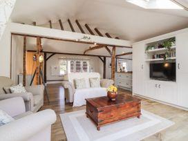 Oast Cottage - Kent & Sussex - 1068731 - thumbnail photo 6
