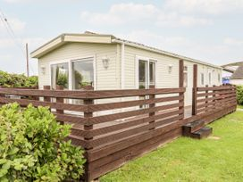 Bwthyn Y Bae Lodge - Anglesey - 1069547 - thumbnail photo 18