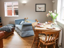 Blossom's Cottage - Shropshire - 1070327 - thumbnail photo 5