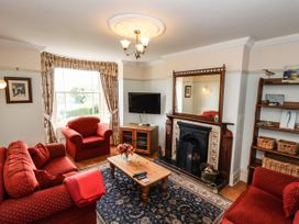 Sheen Cottage - Whitby & North Yorkshire - 1071247 - thumbnail photo 3