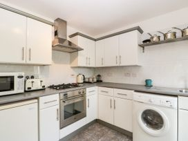 16 Mythern Meadow - Somerset & Wiltshire - 1071494 - thumbnail photo 10
