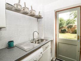 16 Mythern Meadow - Somerset & Wiltshire - 1071494 - thumbnail photo 11