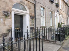 9/2 Albany Street - Scottish Lowlands - 1071615 - thumbnail photo 2
