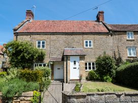 Button Cottage - Somerset & Wiltshire - 1072296 - thumbnail photo 1