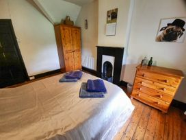 Tynllwyn Holiday Home - North Wales - 1072962 - thumbnail photo 23