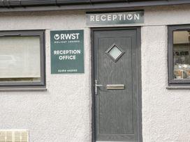Lodge 11 - North Wales - 1073111 - thumbnail photo 15