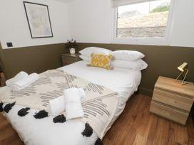 Lodge 11 - North Wales - 1073111 - thumbnail photo 12