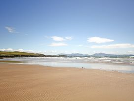 Tywod Pell - Anglesey - 1074077 - thumbnail photo 27