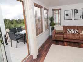 Woodland View Luxury Lodge - Northumberland - 1074112 - thumbnail photo 11