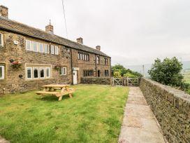 Upper House Cottage - Peak District - 1075179 - thumbnail photo 2