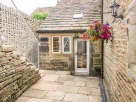 Upper House Cottage - Peak District - 1075179 - thumbnail photo 31