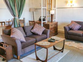 Custom House Apartment - South Wales - 1075408 - thumbnail photo 3