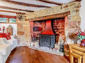 April Cottage - Cotswolds - 1076299 - thumbnail photo 5