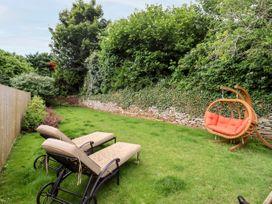 April Cottage - Cotswolds - 1076299 - thumbnail photo 39