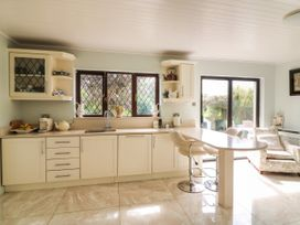 Maura's Home - County Wexford - 1076807 - thumbnail photo 9