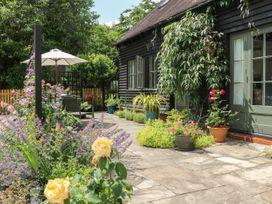 The Barn at Sandhole Cottage - Kent & Sussex - 1076948 - thumbnail photo 2