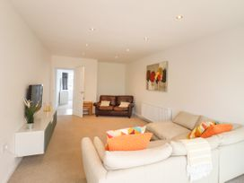 35 Seabourne Way - Kent & Sussex - 1077489 - thumbnail photo 4