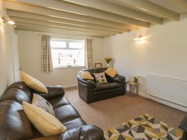 Coach House Cottage - Whitby & North Yorkshire - 1078550 - thumbnail photo 4