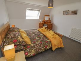 Coach House Cottage - Whitby & North Yorkshire - 1078550 - thumbnail photo 10