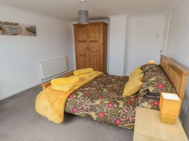 Coach House Cottage - Whitby & North Yorkshire - 1078550 - thumbnail photo 11