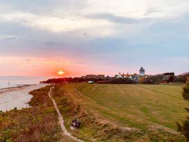 The Hideout - Kent & Sussex - 1080901 - thumbnail photo 22