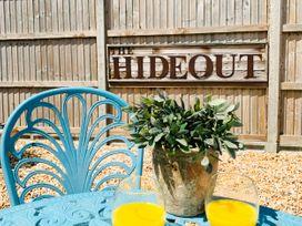 The Hideout - Kent & Sussex - 1080901 - thumbnail photo 20