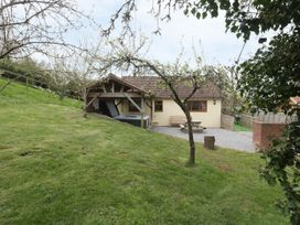 Orchard Cottage - Somerset & Wiltshire - 13806 - thumbnail photo 1