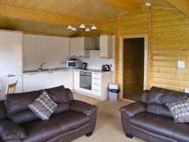 Fairway Lodge - Devon - 15175 - thumbnail photo 2