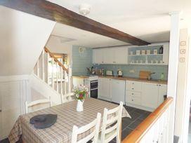 Glen's Cottage - Peak District - 2413 - thumbnail photo 4