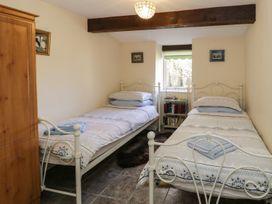 Buzzard Cottage - North Wales - 2506 - thumbnail photo 8