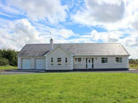 Mees House - Shancroagh & County Galway - 27514 - thumbnail photo 1